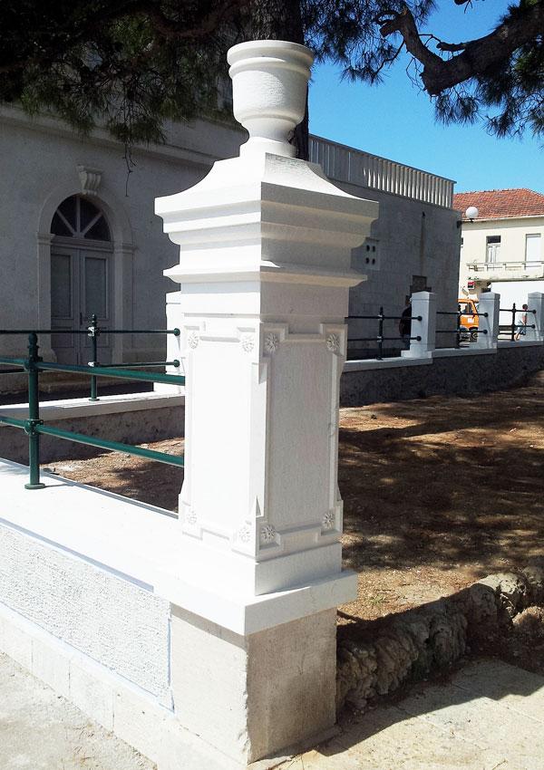 ok-stipe-fence-pillar