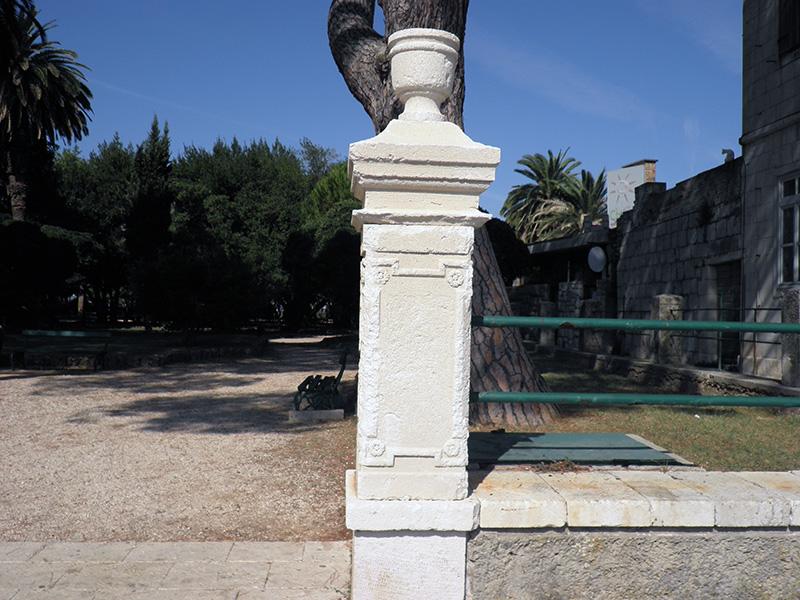 ok-stipe-renovations-fence-pillar-99