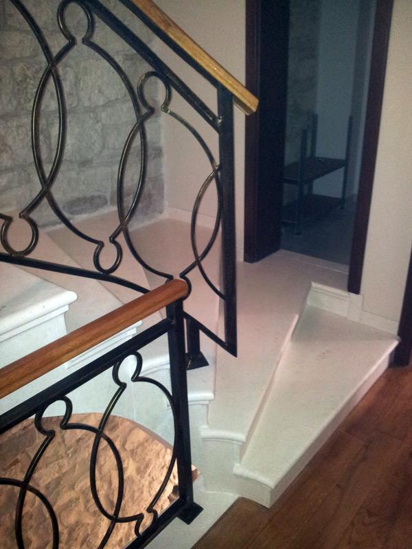 ok-stipe-stair-1