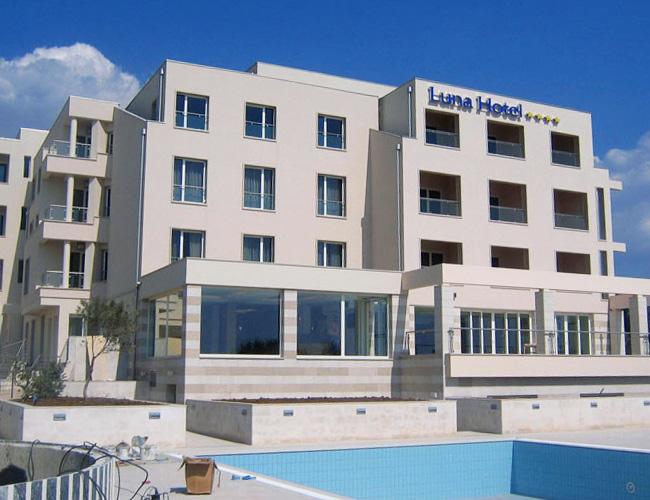 Hoteli / hotels